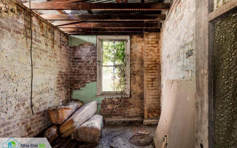 Căn nhà bỏ hoang giá 1 triệu USD