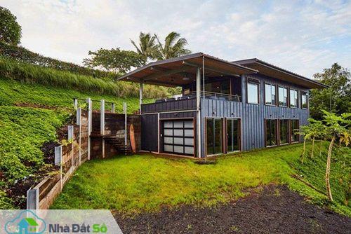 Ngôi nhà đặc biệt này nằm ở Hawaii, Mỹ. Nhìn bên ngoài nó không có gì đặc biệt nhưng lại ẩn chứa nhiều công năng thú vị.