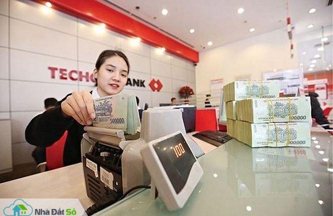Lãi suất liên ngân hàng tăng mạnh - 2