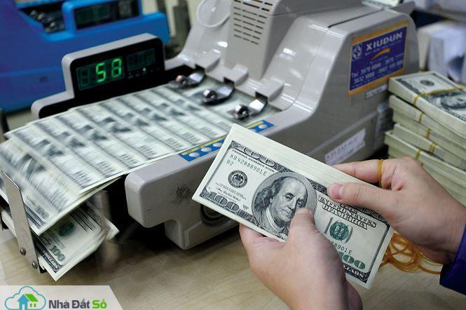 Lãi suất liên ngân hàng tăng mạnh - 1