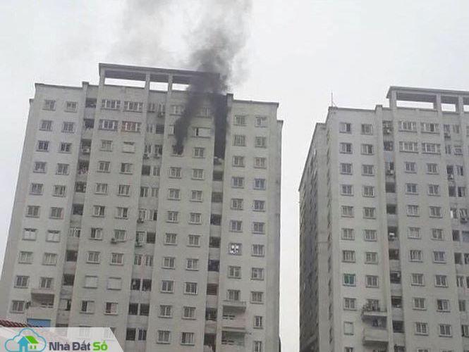Nhiều người 'bán tháo' căn hộ chung cư vì lo sợ cháy nổ - 1