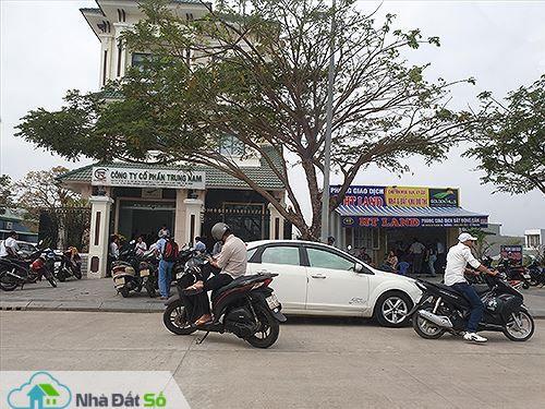 """""""Sốt"""" đất ở Đà Nẵng: Đủ chiêu trò thổi giá - 1"""